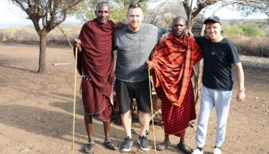 Waar is de Mol in Tanzania at Maasai boma Mama Yamath